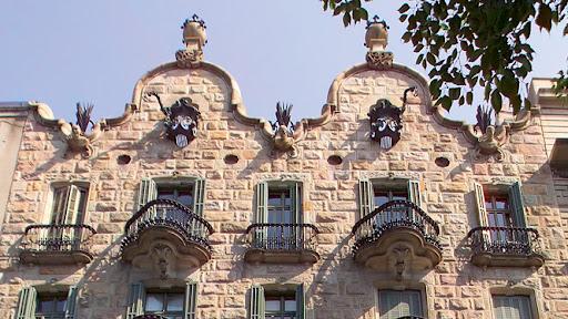 Casa calvet edificio singular de barcelona