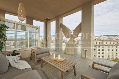 Spectacular penthouse with views